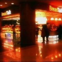 Photo taken at BreadTalk by Edward L. on 11/25/2011