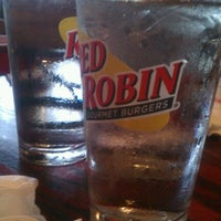 Photo taken at Red Robin Gourmet Burgers by Anil B. on 9/5/2011