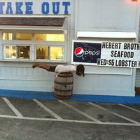 Photo taken at Herbert Brothers Seafood by Christine D. on 10/18/2011