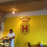 Photo taken at Havanna Café by Rafael R. on 2/19/2012