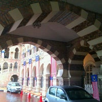 Photo taken at Bangunan Sultan Abdul Samad by Syahril A. on 9/19/2011