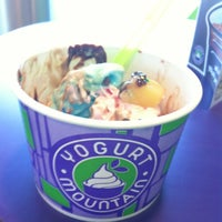 Photo taken at Yogurt Mountain by Stainy F. on 9/9/2012