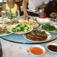 Photo taken at Yummy House China Bistro by Lisa K J. on 4/5/2012