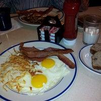 Photo taken at Bob Evans Restaurant by Dimitris K. on 10/11/2011
