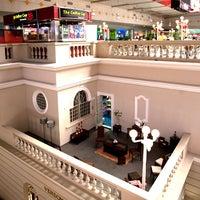 Photo taken at Centro Comercial Galerías by El Salvador Impresionante on 10/11/2011