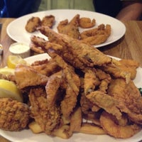 Photo taken at Deanie's Seafood by Cathy S. on 3/10/2012