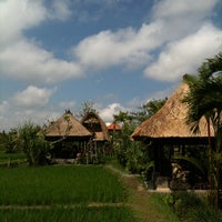 Photo taken at Bebek Tepi Sawah Restaurant & Villas by Tony T. on 9/5/2011
