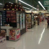 Photo taken at Albertsons by Fred T. on 11/15/2011