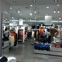 Photo taken at H&M by Janet H. on 8/28/2011
