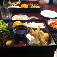 Photo taken at Yoshi Sushi by Thong N. on 9/9/2011