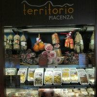 Photo taken at Area di Servizio Somaglia Est by Lorenzo on 5/12/2012
