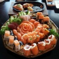 Photo taken at Niwa Sushi by Michelli F. on 8/13/2012