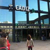 Foto tomada en Estación de Cádiz por PamplonaMan .. el 2/19/2012