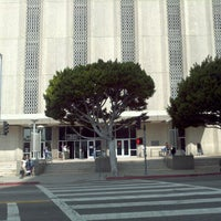 Photo taken at Los Angeles Superior Metropolitan Courthouse by Edgar T. on 7/27/2012