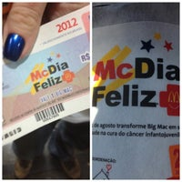 Photo taken at McDonald's by Letícia F. on 8/25/2012