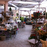 Photo taken at Flowerteam by Lena L. on 6/24/2012