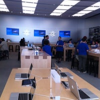 Photo taken at Apple Store, 4th Street by Eliana G. on 5/6/2012