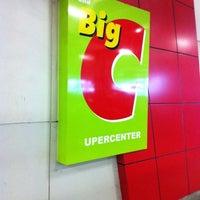 Photo taken at Big C (บิ๊กซี) by Ä Krüb เอ ครับ™ ค. on 2/22/2012