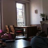 Photo taken at Hello Marseille Hostel by Gülhan Zeynep A. on 9/17/2011