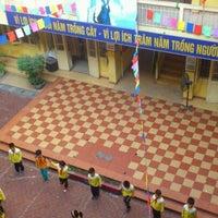 Photo taken at Trường Tiểu Học Nguyễn Du by Vịt N. on 12/2/2011