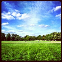 Photo taken at Regent's Park by Lele B. on 8/31/2012