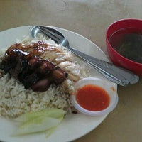 Photo taken at Restoran Mayiang Jaya by vanDennis on 10/28/2011