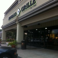 Photo taken at Buffalo Grille by Allen A. on 7/30/2011