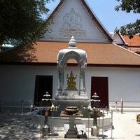 Photo taken at เทวสถาน (โบสถ์พราหมณ์) Dhevasathan (Brahmin Shrines) by Nichaya D. on 3/21/2012