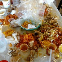 Photo taken at The Boiling Crab by Travel Swagger on 6/16/2012