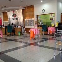 Photo taken at Perodua Service Center Rawang by Doreen R. on 7/26/2012