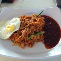 Photo taken at Recezz Foodcourt by Tisherney on 3/21/2012