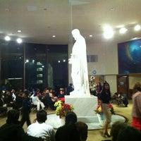 Photo taken at Templo Mormon by Moy H. on 12/19/2011