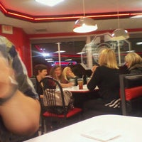 Photo taken at Steak 'n Shake by Ray F. on 3/3/2012