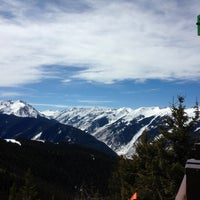 Photo taken at The Sundeck at Aspen Mountain by Aaron W. on 3/17/2012