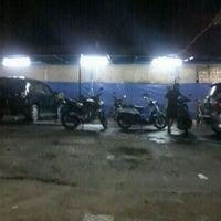 Photo taken at Kilap 2 oto spa by daud b. on 4/10/2012