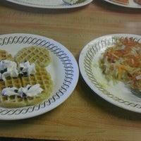 Photo taken at Waffle House by Ruben O. on 1/2/2012