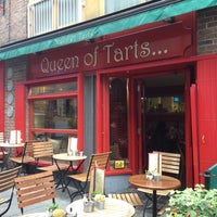Photo taken at Queen of Tarts by Mathieu V. on 8/11/2012