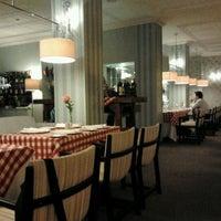 Photo prise au Hotel Augusta par Luis B. le10/1/2011