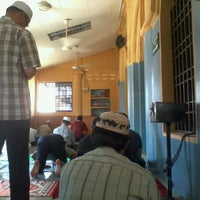 Photo taken at Masjid Jamek Titi Papan by Musyrif A. on 1/6/2012