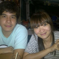 Photo taken at Aim Aun Suki Rice and Steak by Sakonchai S. on 10/27/2011