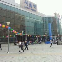 Photo taken at Seoul Station by Eun Seok P. on 6/2/2012