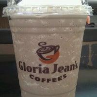 Photo taken at Gloria Jeans Coffees Bukit Bintang Plaza (GJC BB Plaza) by Nurul A. on 4/23/2012