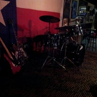 Photo taken at Shakespeare Pub by Dizzle D. on 8/27/2012