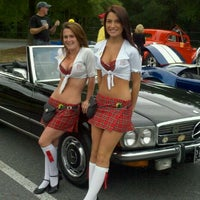 Photo taken at Tilted Kilt Pub & Eatery by Chuck E. on 8/28/2011