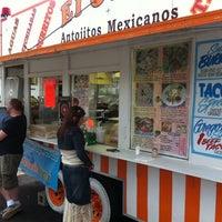 Photo taken at El Oasis Taco Truck by Ryan J. on 5/13/2011