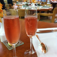 Photo taken at The Ritz-Carlton, Millenia Singapore by Evelyn D. on 5/6/2012