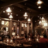 Photo taken at Cracker Barrel Old Country Store by Orlando P. on 11/10/2011