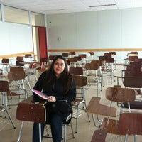Photo taken at Facultad De Ingenieria - UMAG by Cynthia on 8/22/2012