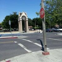 Photo taken at Menlo Park Caltrain Station by jaslene L. on 6/11/2012