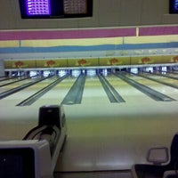 Photo taken at Donelson Bowling Center by Lindsay S. on 10/10/2011